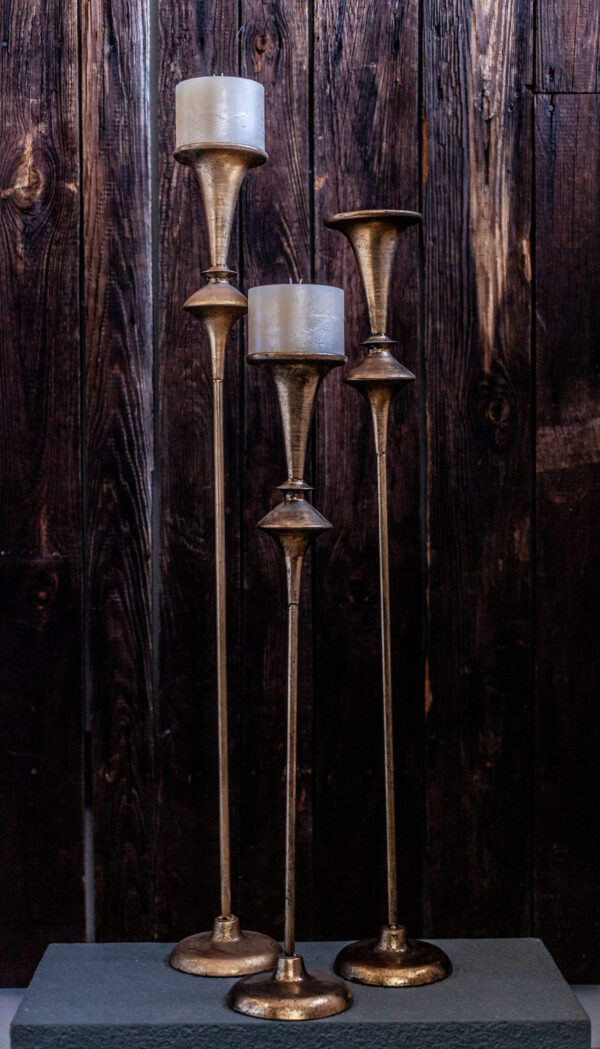 Małgorzata Partyka Kwiaty ze smakiem świeczniki złote